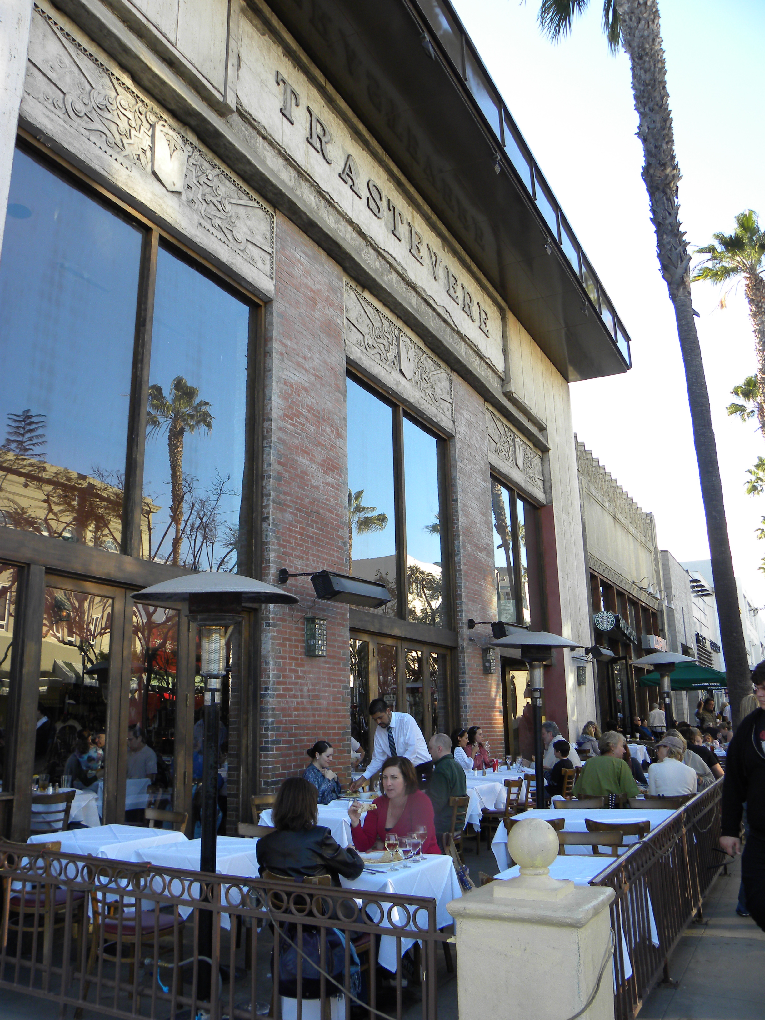 Trastevere Ristorante Italiano Is One Of Many Restaurants On The Busy 3rd Street Promenade In Santa Monica Carlo And I Were Meeting A Friend His For